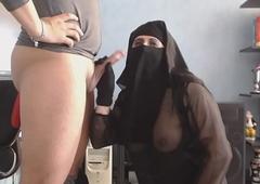 pipe et ejac sur mon niqab